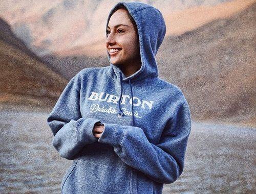 بیوگرافی و عکس های روزبه حصاری بازیگر ازدواج و همسرش Graphic Sweatshirt Sweatshirts Fashion