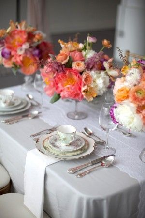 Gray-Purple-Pink-Peach-Centerpiece | photography by http://saragrayphotography.com/