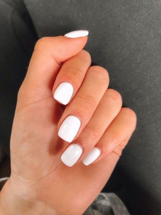 Simple White Nail Art Ideas 2020 In 2020 Pretty Acrylic Nails Short Acrylic Nails White Acrylic Nails