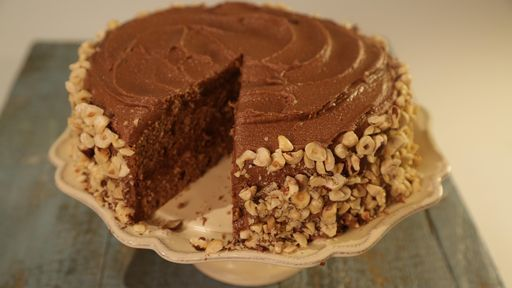 Easy Chocolate Hazelnut Cake