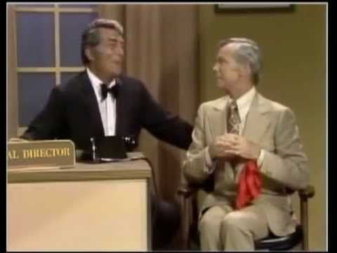 "JOHNNY CARSON & DEAN MARTIN - 1972 - ""The Hospital Sketch"" - YouTube"