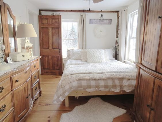 The Long Awaited Home: Small House Living - Master Bedroom