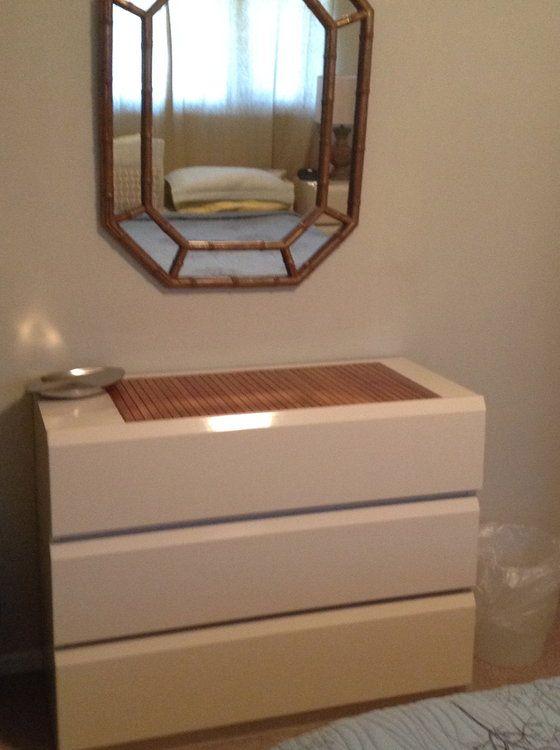 Lane Cream Lacquer Queen Bedroom Furniture | Queen bedroom, Queen ...