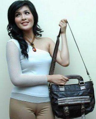 sandra dewi kelihatan memeknya | hot indo bugil | Pinterest | Bali ...