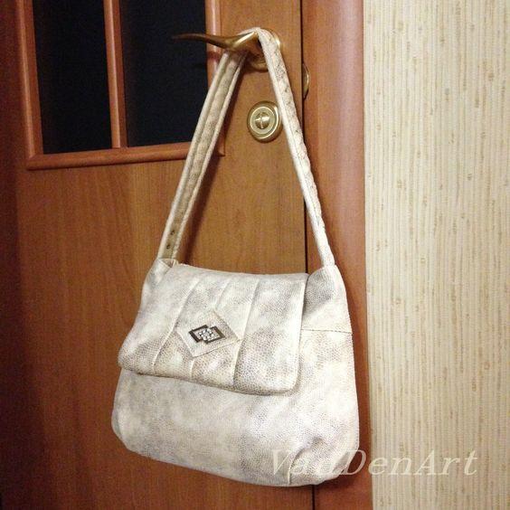 """Stylish Compact """"Snake Skin"""" Light Beige Fabric Shoulder Bag Handmade - tote bag - diaper bag - messenger bag - fabric bag by VanDenArtCreation on Etsy"""