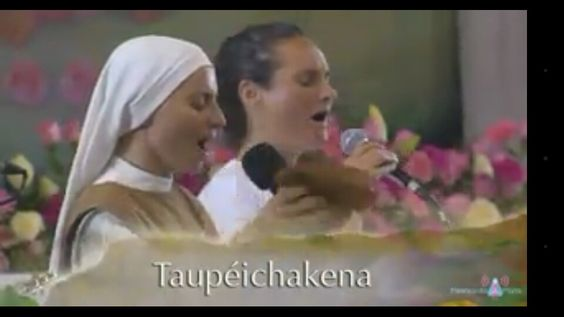 Ave Maria cantada em tupi guarani