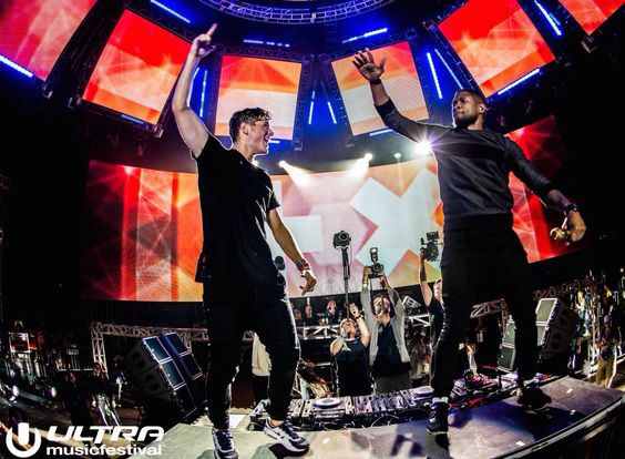 martin garrix and usher at ultra 2015