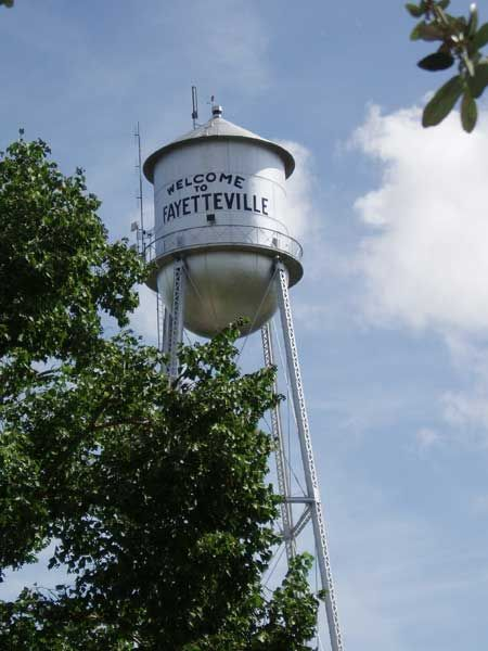 Fayetteville tx water tower water towers and court for Tattoo shops junction city ks