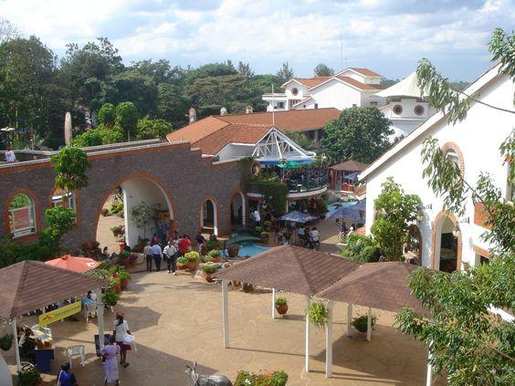 View_of_Village_Market.JPG (2592×1944)