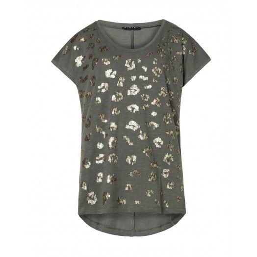 T-shirt, mezze maniche, in cotone fiammato con applicazione di paillettes sul davanti,   effetto camouflage.