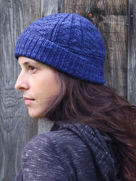 Inspired by classic gansey stitch patterns, Memphre is a unisex hat everyone will want to wear. This free pattern is available exclusively as a print-friendly PDF file - it's easy to read and requires less paper when printed. To download the pattern, just click the PDF link above.