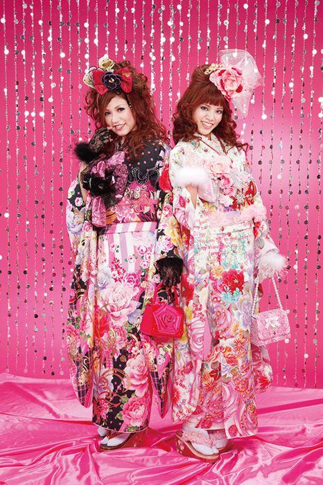 Some pretty outlandish #kimono by Tanakaya Taste 創業95周年記念特別価格 振袖 着物 Gal mode