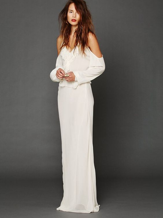 Maxi dress off the shoulder white shirt