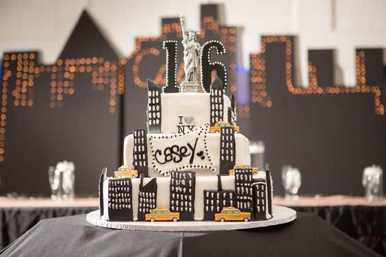 NY/NJ Wedding and Event Planner | NVS Events | New York City themed cake for Sweet 16