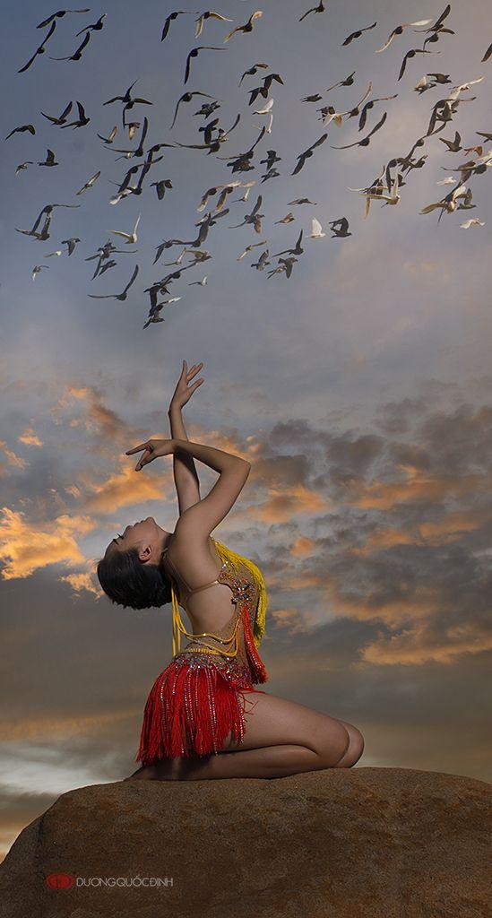 Vietnamese painter and Fine art photographer Dương Quốc achieved 10s of national and international rewards.