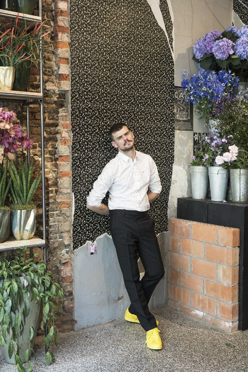 In Fuuucking Young! with a portrait ofMark Colle at Baltimore Bloemen,his shop in Antwerpen.Interview by Philippe Pourhashemi.Cover by Pierre et Gilles