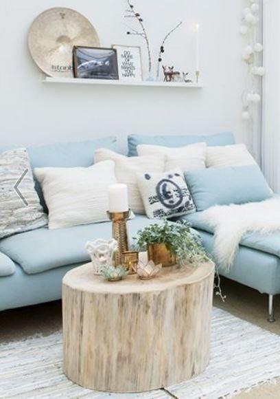 NuBuiten inspiratie // Mooi zeg, deze combinatie van hout en hemelsblauw.Ook zeker mooi om deze kleuren te combineren in uw accessoires.: