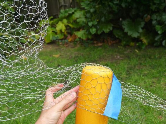 How to Make Chicken Wire Ghosts | eHow