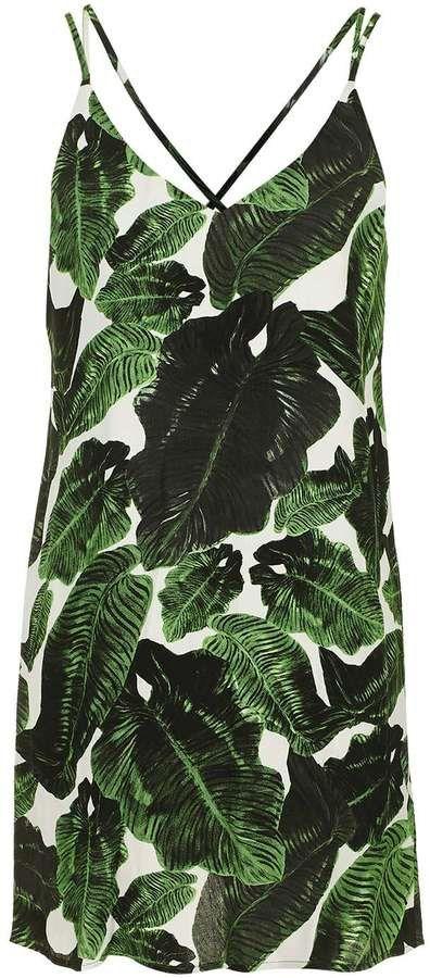 Pin for Later: Diese Palmen-Prints werden euch in tropische Stimmung versetzen  Topshop überkreuztes Trägerkleid mit Palmen-Druck (44 €)