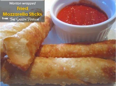 Mozzarella Sticks and marinara sauce for dipping