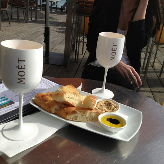 Girl date with my bestie, Moët ice imperial and Turkish bread sunny winter Saturday!