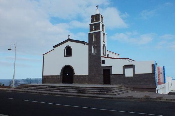 Iglesia de La Listada. Tenerife. Islas Canarias. Spain.  [By Valentín Enrique].