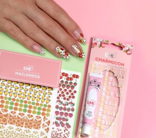 Nail Art Design Created With Nail Stickers It Is Very Easy To Do With Emi Stickers Nails Naildesign Manikyur