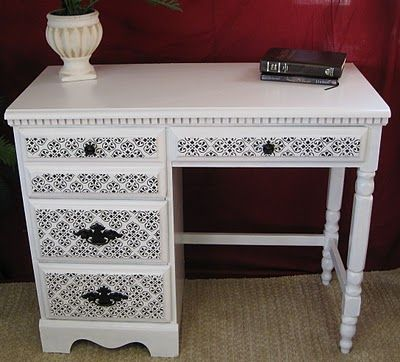 Painted and stenciled desk. I may do this with my old sewing machine tables (I have four!):