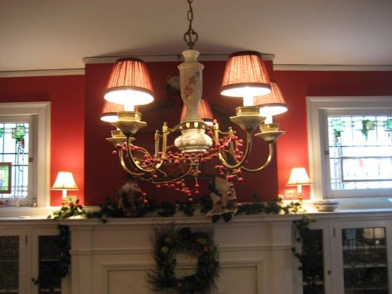 Netdining Rooms With Chandeliers : Netdining Rooms With Chandeliers : room chandelier Christmas Pinterest ...
