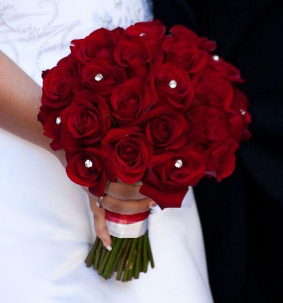 اجمل مسكات ورد للعروس باللون الاحمر 2017 e43e5e51bd002b2b0e88