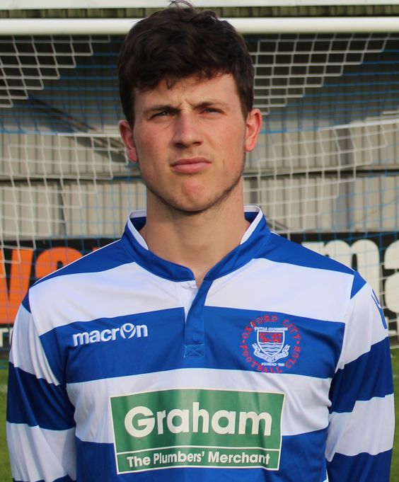 CHANNEL GRAHAM: GRAHAM SPONSORS YOUNG TALENTED FOOTBALLERS AT THE OXFORD CITY NOMADS