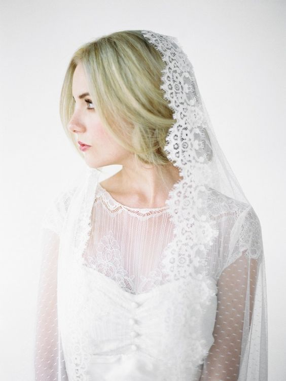LOVE FIND CO The ESMA / Mantilla Veil with Spotted Tulle by Percy Handmade