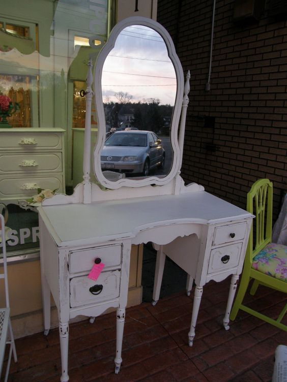 Antique Vanity Shabby Chic White And Vanities On Pinterest