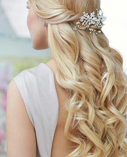 hair down for wedding styles half up half 15 hairstyles for prom 3504 | e44adc1a695add890f41d3da68010169