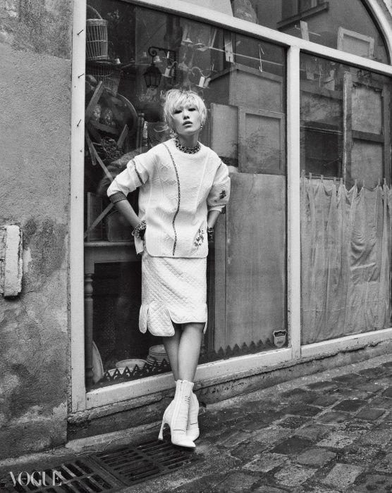 A Romantic Wonderer #Vogue #Korea #March #2015