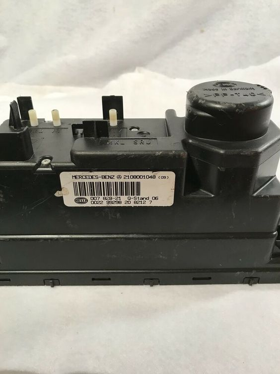 Mercedes 1999 03 2108001048 Central Vacuum Power Locking Pump Oem Oem Mercedes Central Vacuum Mercedes Clk