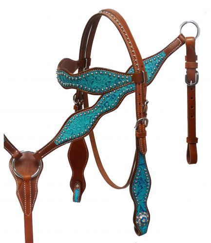 Headstall and breast collar set with filigree embossed overlay.