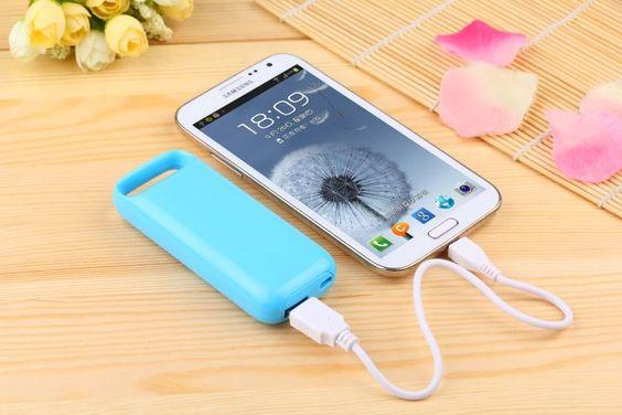 Batería Externa de 6600 mAh modelo 9421 - Batería Externa de 6600 mAh Con la Batería Externa de 6600 mAhutiliza todos tus dispositivos todo el día sin preocuparte por la batería.  Excelente para viajes largos, para personas que usan intensivamente el móvil.  El diseño ligero y compacto de la con la Batería Externa de 6600m... - http://www.vamav.es/producto/bateria-externa-de-6600-mah-modelo-9421-2/