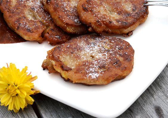 Jamaikanische Banana-Fritters  http://www.kuechenmomente.de/jamaikanische-banana-fritters/