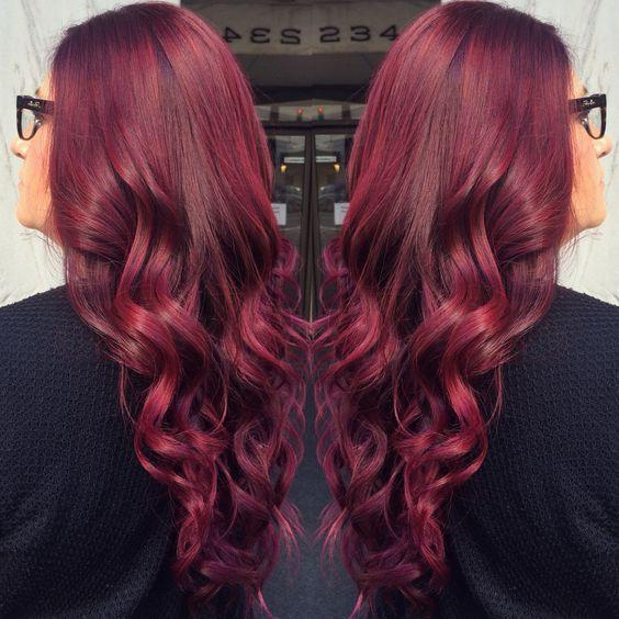 El Color Del Pelo Rojo Violeta, Pelo Borgoña, Cabello Cabello, Estilos De  Color, Estilo De Pelo Emergente, Violet Fall, Huh Hair, Cuts Styles, Red  Colored