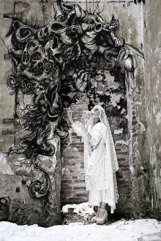 la Présence des Ruines... et l' Ectoplasme... Vision d'Eden...  * Photographe : Tib Photo - La page * Illustrateur : DZO https://www.facebook.com/dzoartwork?fref=ts * Modèle : Violetta Cancan * Accessoiriste, styliste et scénographe : L'Alambik du druide * Assistants : Toad Desky Tds & Sylvain De Barbarøssa
