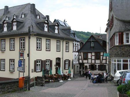 Famous Landmarks in Munich Germany (Munchen Deutschland)