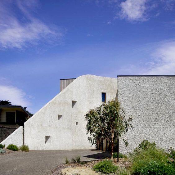 Auhaus Architecture — 13th Beach Brick House