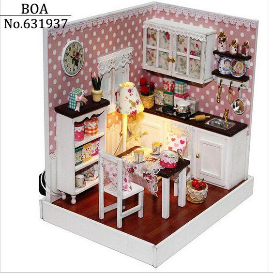Aliexpress.com: Compre Casa de bonecas criativo Diy de boneca em miniatura 3D Manual de madeira caseiro montado Model Building Kits tempo de brinquedo de presente delicioso tempo de confiança prato de bolo fornecedores em BOA 's store.