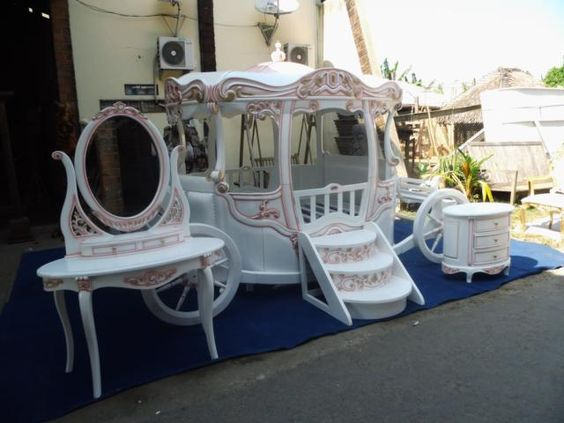 Cinderella Bed Pumpkin Carriage Bed Custom Furniture By Glenn Pinterest Beautiful