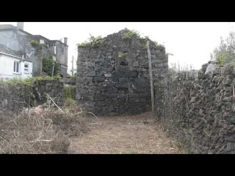 Terreno com Ruínas e Projeto de Construção em São Vicente Ferreira - YouTube