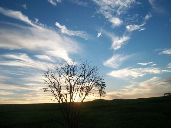 E lá vem o Sol por detrás da montanha...