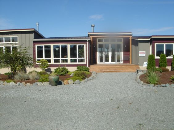 Our favorite style of manufactured homes. Timberland Series. http://timberland-homes.com/