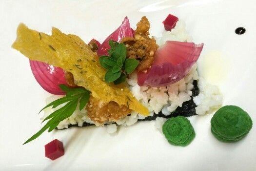 La seppia osa! #fantasia #pescetarian #pesce #foodporn #food #fish #colore #taste #Conegliano #Veneto #sea #amazing #experience #identità  #rivisitazione #instafood  #foodgasm #homemade #fresh