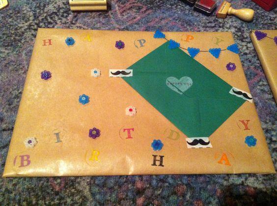 gift, geschenk, melt bead, schmelz perlen, hama, Wimpel, Wimpelkette, Blüten, Geburtstag, Verpackung, Kraftpapier
